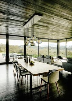 dining room, California / Dowling Studios