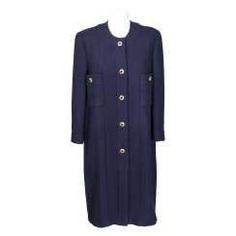 CHANEL exquisite coat, Size 42.