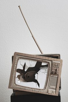 Bartek Elsner – THE PAPER STUFF » TV, VHS & Tape #cardboard