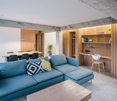 Charming Light-Flooded Home / ZOOCO Estudio