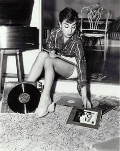 Dangerous Minds | Famous people hanging out with their vinyl #vinyl
