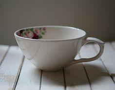 Designers Tonek #ceramics #teacup #roses