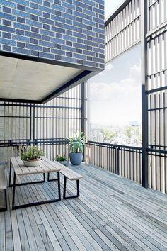 Black Brick Apartments in Hawthorn East, Melbourne 7