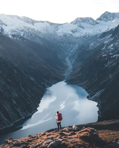 Moody and Cinematic Adventure Photography by Daniel Jakobs
