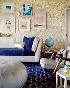 Joy Cho's Los Angeles living room #tables #decor #puffs