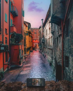 #italianlandscapes: Striking Street Photography by Dorian Pellumbi