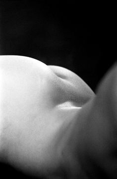 Katya Zvantseva — The Quiet Front #form #white #and #nude #black #photography #figure #art #bum