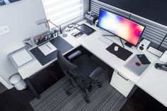 Ultra wide setup by Mark Jardine.