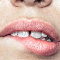 #lip#bite