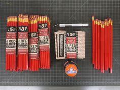 Red Feather Ruffian set #ruffian #red #feather #pencils