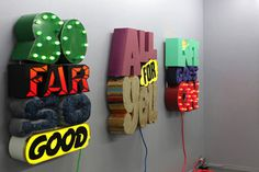 eric-elms-no-way-out-exhibiton-recap-1.jpg (620xc3x97413) #exhibition #design #graphic #environment