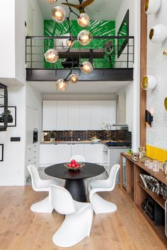Soho Duplex Renovation in New York / Decor Aid
