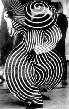 "kvetchlandia: Uncredited Photographer   Oskar Schlemmer's ""Das Triadische Ballet,""   Stuttgart, Germany    1922 #white #spiral #dance #black #photography #strange #vintage #and #fan"