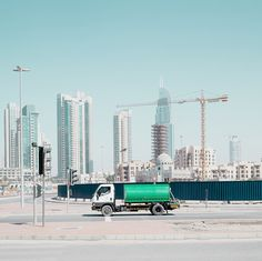 CJWHO ™ (A Photographer Turns Dubai Into A Ghost City |...)