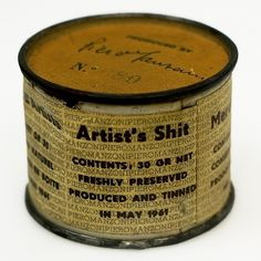 Piero_Manzoni_Artist's_shit.jpg (imagem JPEG, 1000×1000 pixels) #modernism #shit #can #art