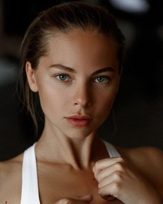 Gorgeous Lifestyle and Beauty Portrait Photography by Alexey Polskiy