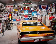 Great and easy steps to transform your garage into an epic man cave!