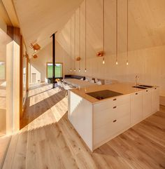 Wohnhaus aus Holz: wooden-frame house