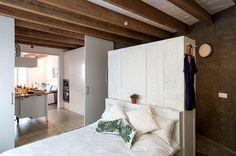 Apartment Refurbishment in Barcelona by Habitan Studio - InteriorZine