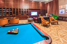 Lounging around – American Whiskey Magazine - visiting a cigar lounge