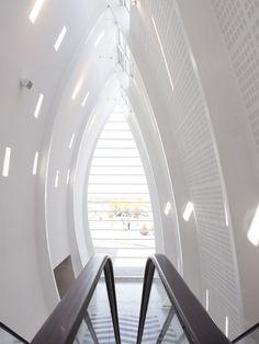 CJWHO ™ (Terminal Conection, Copenhagen, Denmark |...) #white #design #interiors #denmark #terminal #architecture #copenhagen