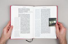 «Project Projects — Omer Fast: In Memory» в потоке «Лукбуки / Каталоги, Типографика» — Посты на сай