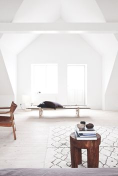 Bright #attic with #gableddormer. #VedbaekHouseIII by #NormArchitects. #dormer #dormerwindow #scandinavian #scandinavianattic #woodenfloor #
