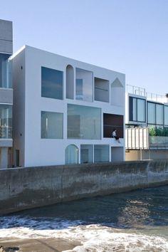 (18) Tumblr #white #design #italian #architecture #minimal #references