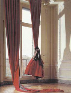 Body meets dress - Comme des Garçons 1994