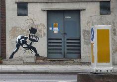 clash.jpg 857×609 pixels #clash #table #banksy #art