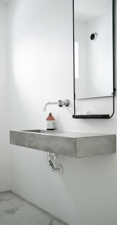 Bathroom. Via funksjonelt.com. #bathroom #sink #concrete #minimal