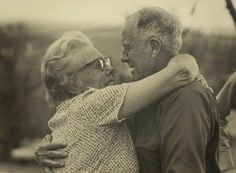 Cute old couples in love : theCHIVE #friendship #old #couple #elderly #photography #embrace #affection #love #hug