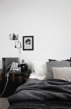 Black + White #interior #trunk #design #bedroom #linen #bed