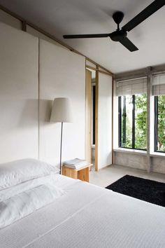Asian bedroom combining rustic and modern. Home of Wen Hsia and BC Ang. © Marjon Hoogervorst. #bedroom #asian