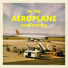 Miss Moss : In the aeroplane over the sea #cover