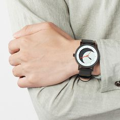 The Lunaround Watch #tech #flow #gadget #gift #ideas #cool