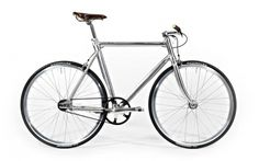 bikedress_schindelhauer_siegfried2.jpg (JPEG Image, 1920x1200 pixels) #schindelhauer #germany #bike