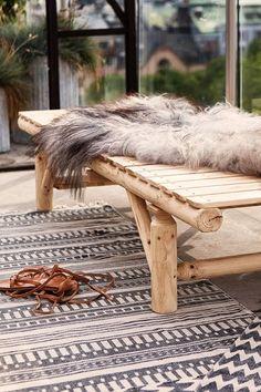Hitta hem #sheepskin #carpet #fur