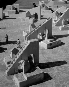 the architectural photography of hélène binet at ammann gallery