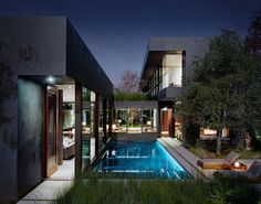 Vienna Way Residence by Marmol Radziner | Daily Icon #pool #architecture #house #modern