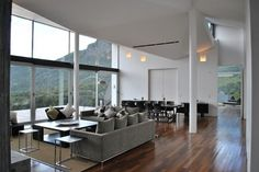 cs_110311_07.jpg (1100×736) #interior #view