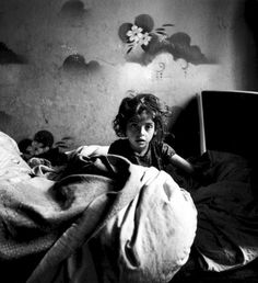 Black and White Photography by Roman Vishniac #inspiration #white #black #photography #and