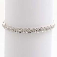 Tennis bracelet with 38 brilliant-cut diamonds