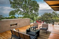 Modern architecture and spacious roof terrace Barton Hills Residence - HomeWorldDesign (11) #house #interiors #home #texas #austin #architecture