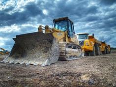 Wynajem maszyn budowlanych i przemysłowych