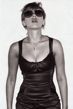 NoFavorite #girl #scarlett #photograph #johansson #blackandwhit