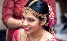 Elegant South Indian Maang Tikka