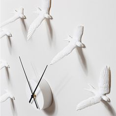 Swallow Clock, Monoqi