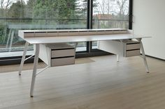 Office Desk L by A+A Cooren