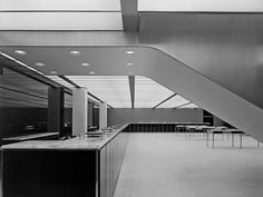 honover_screen_08.jpg (JPEG Image, 675 × 509 pixels) #1950s #interiors #gordon #architecture #bunshaft